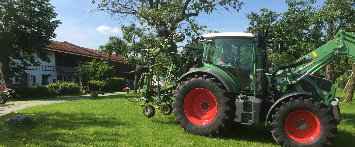 traktor_ziegenerlebnishof